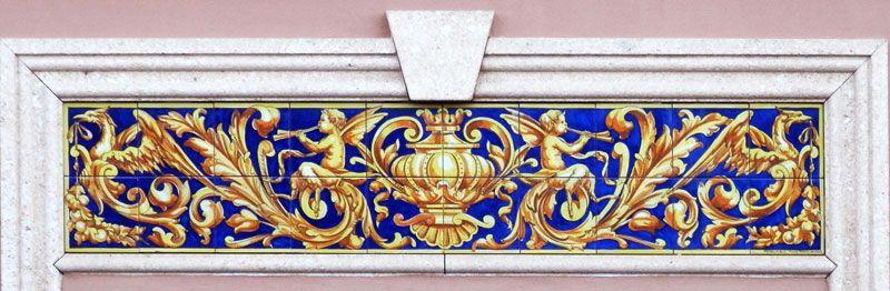 Azulejos estilo barroco para dintel de puerta o ventana