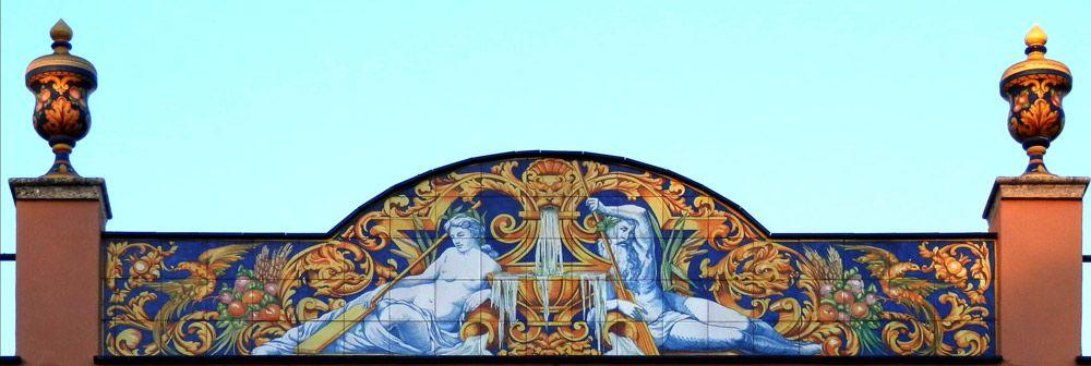 Azulejos sevillanos artesanos pintados a mano - Cerámicas Artesur - Fachada-5