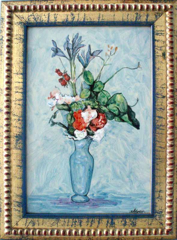 Azulejo con florero en fondo azul