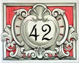 Azulejos sevillanos artesanos pintados a mano - Cerámicas Artesur - Número personalizado Ref 037