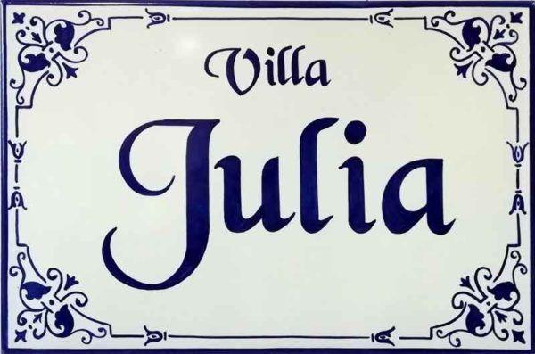 Azulejos artesanos pintados a mano en el estilo sevillano - Artesur - Azulejos para casas - Villa Julia - 602-A