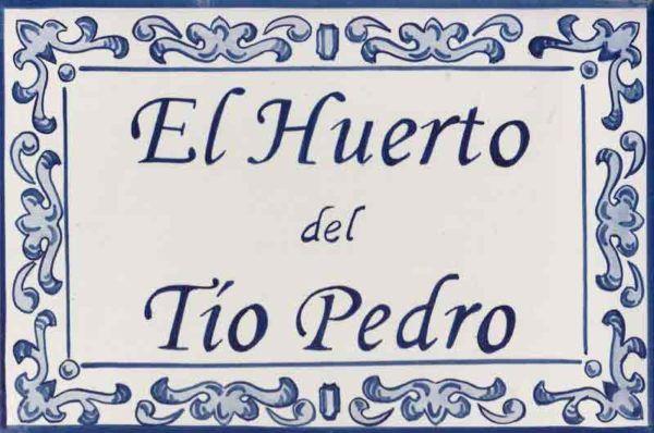 Azulejos artesanos pintados a mano en el estilo sevillano - Artesur - Azulejos para casas - Huerto tío Pedro azul - 603