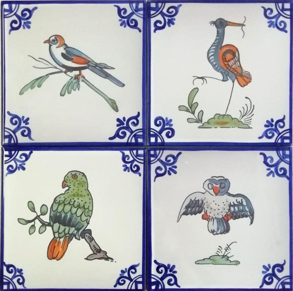 Azulejos artesanos pintados a mano en el estilo sevillano - Artesur - Categoria calcogrficos varios