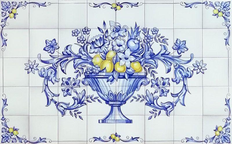 Azulejos artesanos pintados a mano en el estilo sevillano - Artesur - Florero en azul con limones